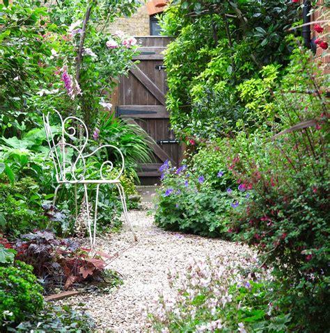 Plain Garden Ideas Designs For Narrow Gardens Inspirational Garden Design Narrow Plot Plain Garden Design