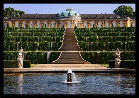 White Wall by Schloss Sanssouci Foto Amp Bild Architektur Schl 246 Sser