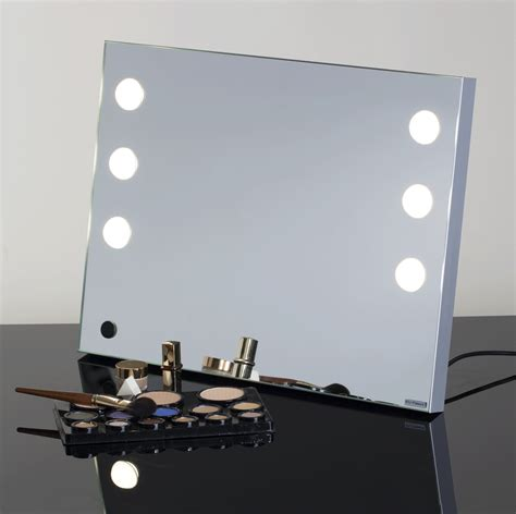 Where Can I Buy A Vanity Mirror With Lights by The New Lighted Tabletop Vanity Mirror Is Mde Cantoni