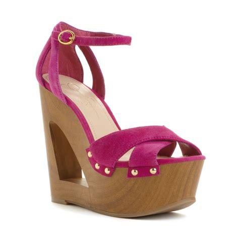 niki wedge sandals in pink pink suede lyst