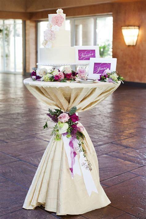 Best 25  Jewel Wedding Cake ideas on Pinterest   Elegant