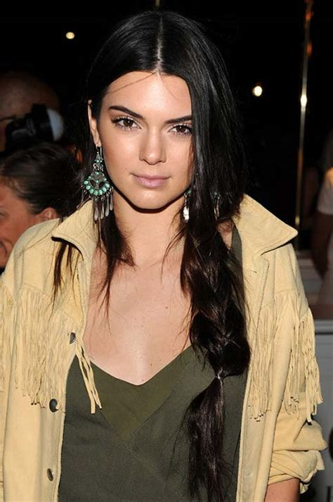50 and a middle part 50 stylish ways to wear center part hairstyles fashionisers