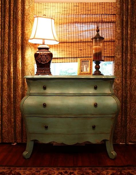 How Do You Distress Furniture by Antique Distressed Furniture For A Fresh Look