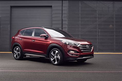 2016 hyundai tucson shows new in nyc 187 autoguide news