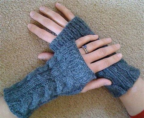 wrist warmers free knitting pattern wrist warmers free knitting pattern knit whit