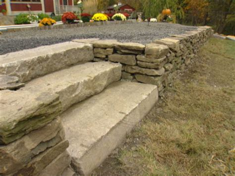 How to Build a Dry Stack Stone Retaining Wall   how tos   DIY