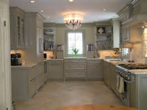 Houzz Painted Kitchen Cabinets What Color Are The Cabinets Did You Use A Paint Base And A Glaze