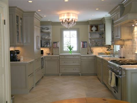 houzz painted kitchen cabinets what color are the cabinets did you use a paint base and