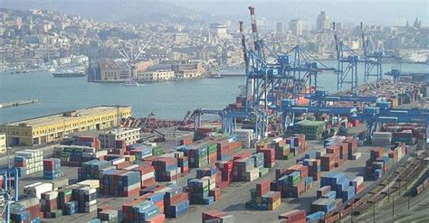 genova segna il record dei container nel 2014 raggiunta