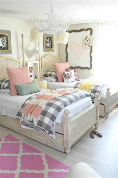 girls bedroom 1000 ideas about shared room girls on pinterest shared