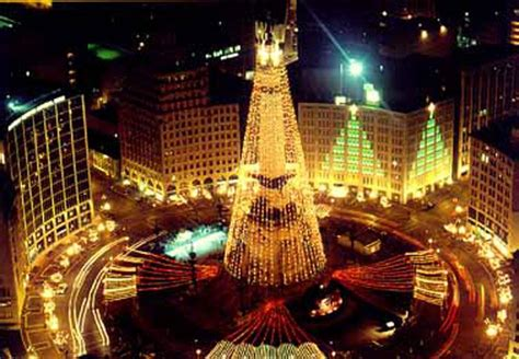 christmas tree lighting indianapolis parablesblog a rockefeller redux