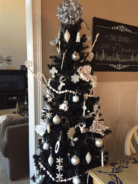 life in the barbie dream house christmas tree decorating