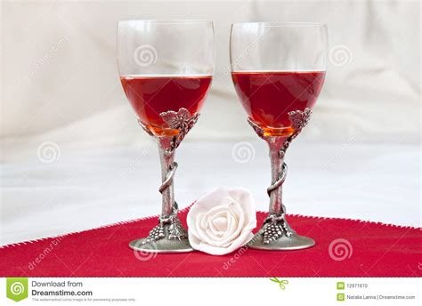 luxury wine glasses luxury wine glasses stock photo image 12971670