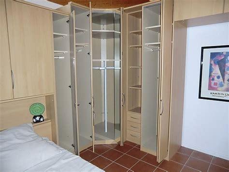 kleiderschrank weiß 5 türig stunning schlafzimmer mit eckschrank contemporary house