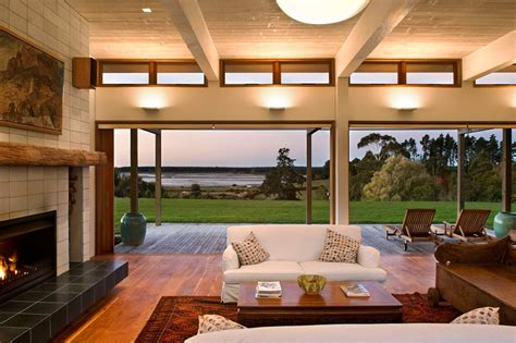 Living Room Views Warm And Inviting House In New Zealand Placed In A