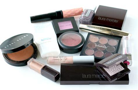 Makeup Bag Detox by Detox In 5 Easy Steps So Chic