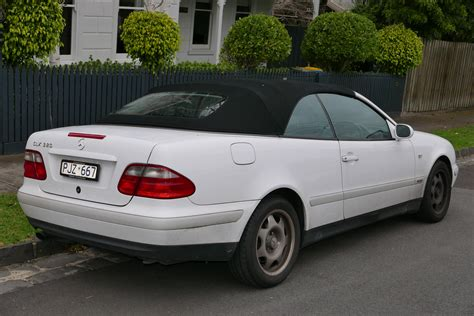 mercedes clk 320 convertible file 1999 mercedes clk 320 a 208 sport convertible