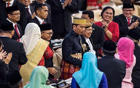 Jokowi Jk usai sidang dpr dpd jokowi jk jadi sasaran selfie