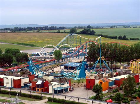 theme park zoo uk tourist attractions over the world best places for