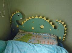Dinosaur Headboard by A Pallet Bed And The Dinosaur Pallet Bed
