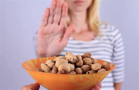 allergia alimentare sintomi allergie alimentari allergeni pi 249 comuni e sintomi cure