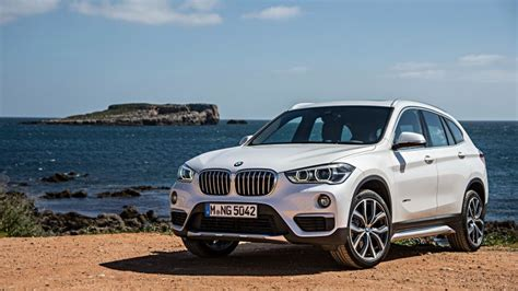 crossover cars bmw wallpaper bmw x1 crossover luxury cars white suv