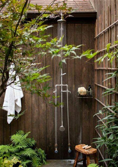 desain kamar mandi natural desain kamar mandi outdoor yang unik dan keren desain