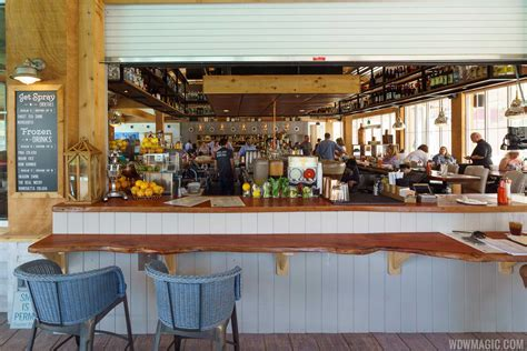 homecoming kitchen review chef art s homecoming at disney springs
