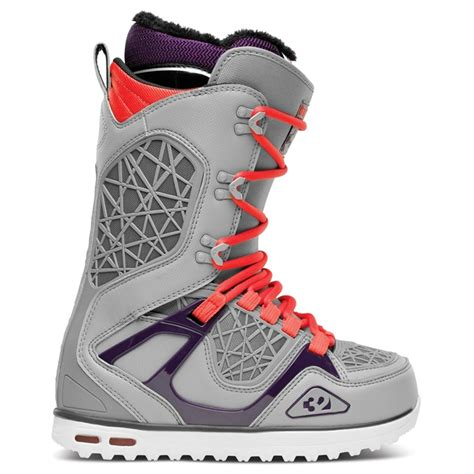 womans snowboard boots most responsive women s boots for 2014