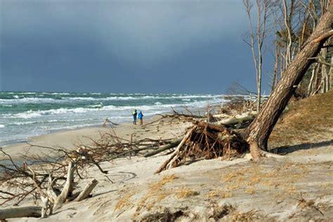 strand themenbäder weststrand der halbinsel dar 223 bild 1 nahender regen
