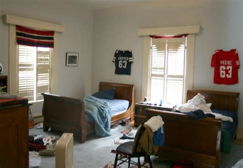 clean teenage bedroom parents needed for experiment getting a teen to clean