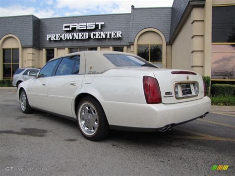Cadillac Pearl White Paint by 2002 White Pearl Cadillac Dhs 35670114