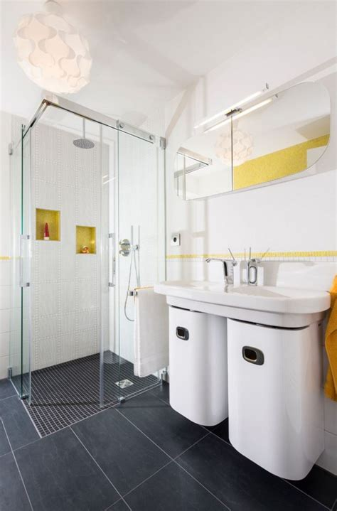 clean bathroom showers how to clean a shower
