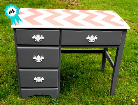 Sow S Ear Gray And Coral Chevron Desk Cool Diy Desk