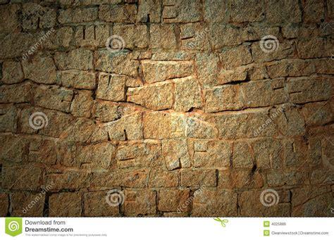 alte steinwand alte dunkle steinwand lizenzfreies stockbild bild 4025886