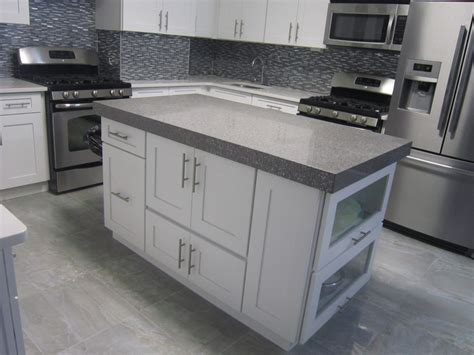 white shaker kitchen cabinet doors white shaker kitchen cabinets white shaker style cabinet