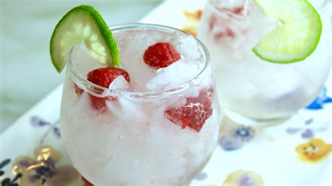 raspberry margarita recipe the best raspberry margarita