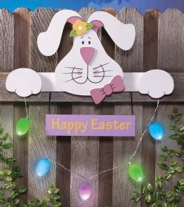 Easter Yard Wood On Door Outdoor Easter Decorations Simply Sherryl