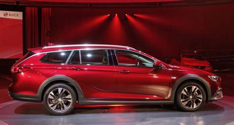 regal x wagon fans rejoice here s the 2018 buick regal wagon