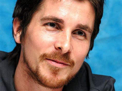 Un film sur Enzo Ferrari avec Christian Bale ? Le Mag Auto Prestige