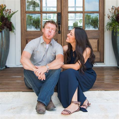 joanna chip gaines your new tv crushes modernize top 28 joanna gaines race joanna gaines wiki bio