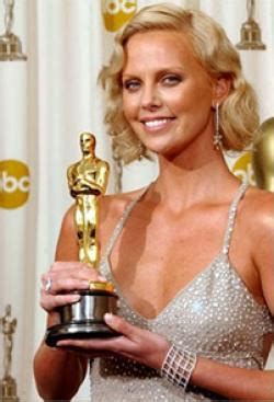 film gagné oscar 2004 south african born charlize theron wins an oscar for best