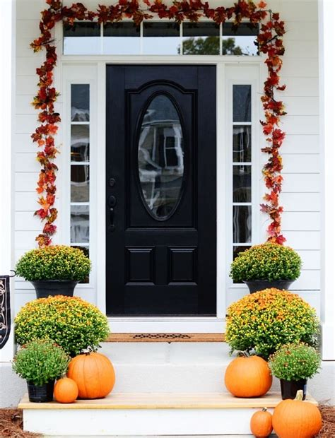 front door decor ideas 67 cute and inviting fall front door d 233 cor ideas digsdigs