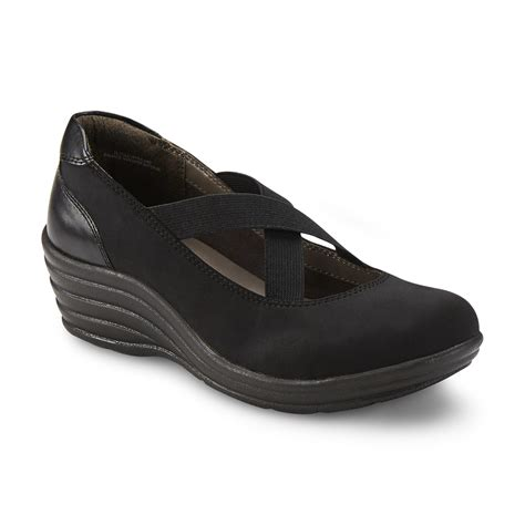 comfortable shoes for women over 50 i love comfort women s christy black wedge loafer
