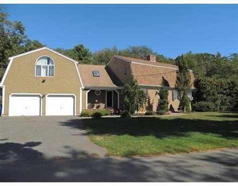 houses for sale mattapoisett ma 136 homes for sale in mattapoisett ma mattapoisett real estate movoto