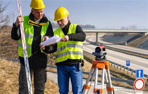 Surveyor Jobs - what are the different surveyor jobs with pictures