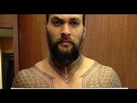 jason momoa tattoo meaning jason momoa shows aquaman tattoos and proves he s