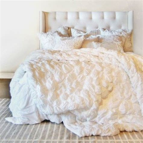 cream ruffle bedding 17 best ideas about white bedding set on pinterest cozy