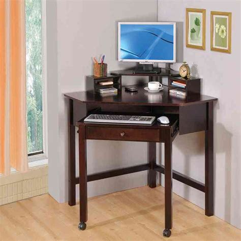 Desks Small Space Corner Desks For Small Spaces Pictures Interior Exterior Homie Corner Desks For Small Spaces