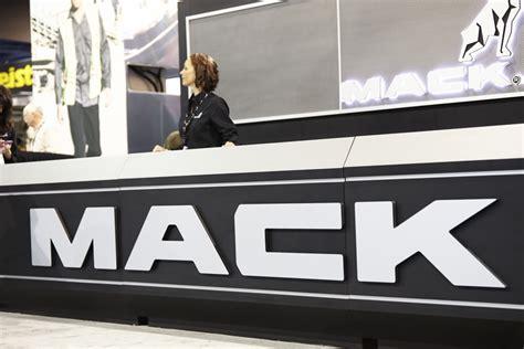 brand   logo  identity  mack trucks  vsa